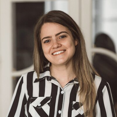 Beatriz de Mello