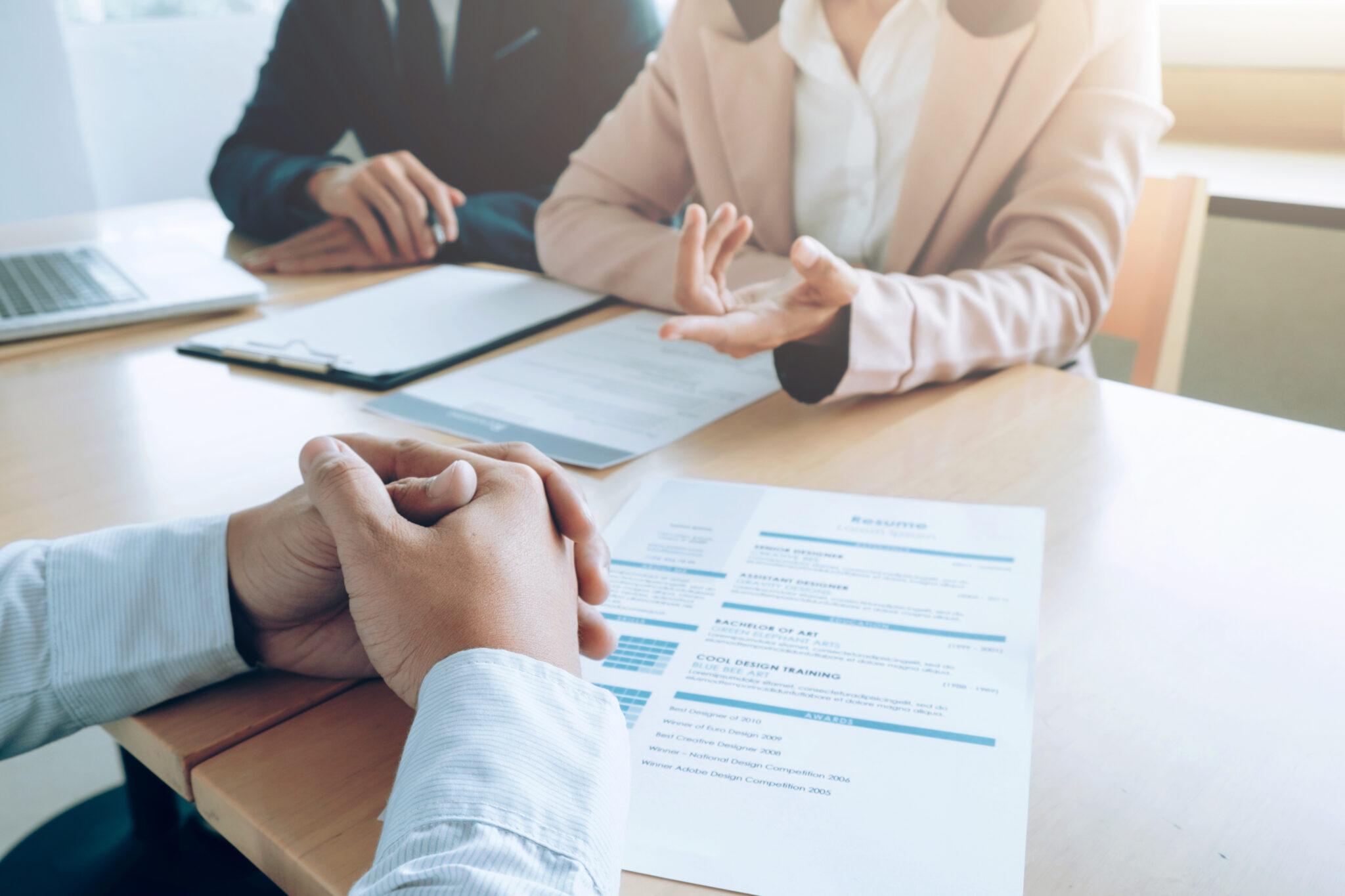 TRT-PR: Realização de exame admissional não corresponde à promessa de contratação