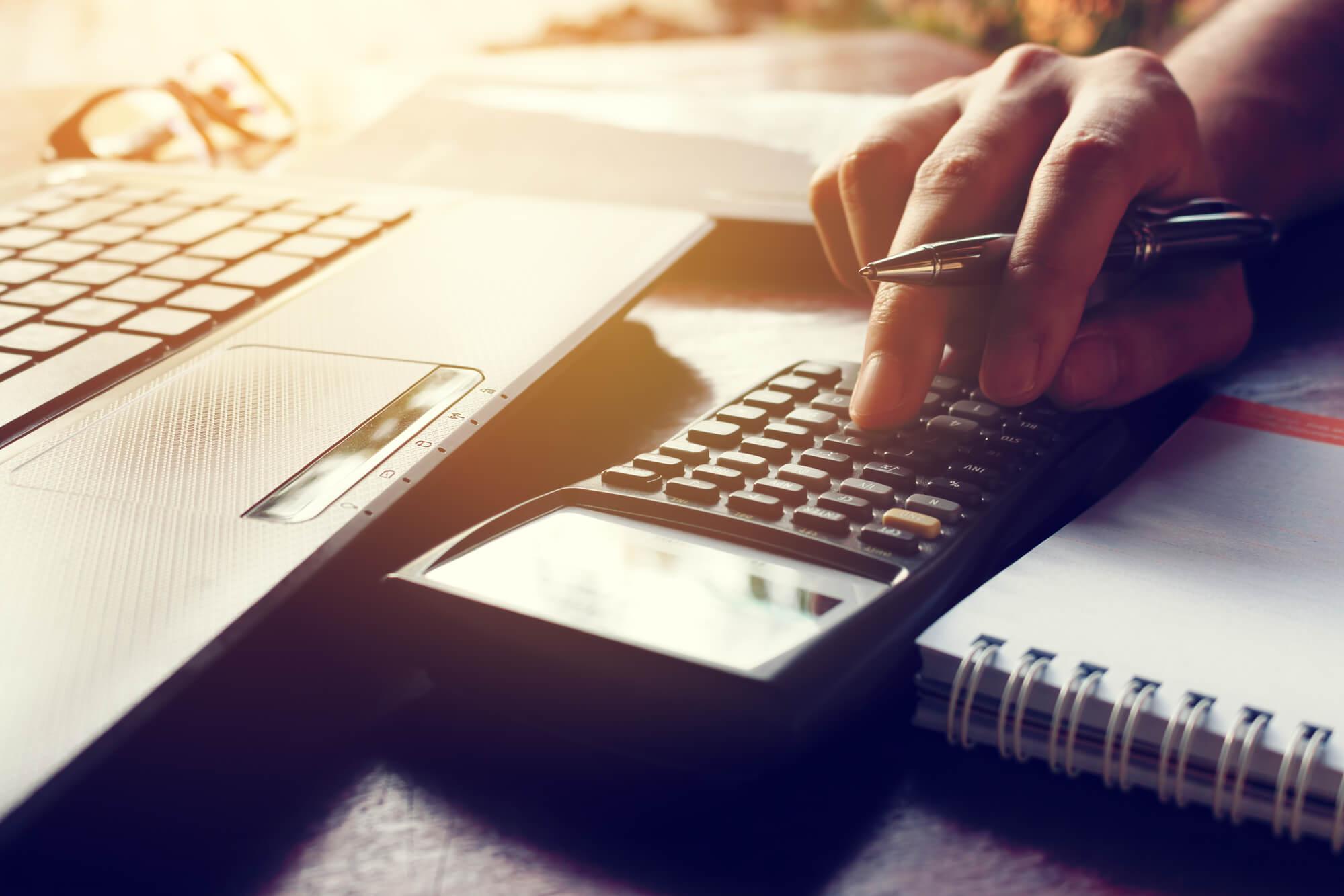 Confira os principais assuntos tributários do mês que podem impactar o seu negócio