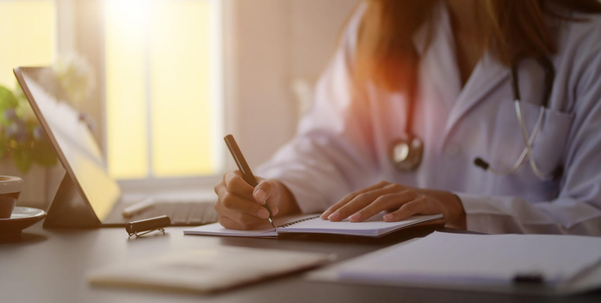 Todos os aposentados e demitidos têm direito a continuar no plano de saúde?